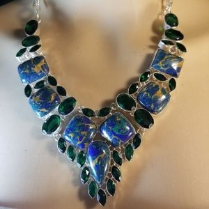 Jewelry - EXQUISITE NECKLACE NWOT